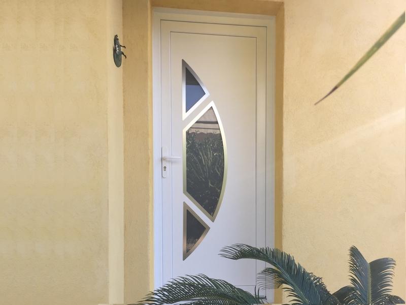 Installation porte d 39 entr e provence alu pvc - Porte d entree demi ronde ...