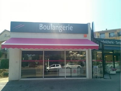 Installation store motorisation radio - Boulangerie Rose